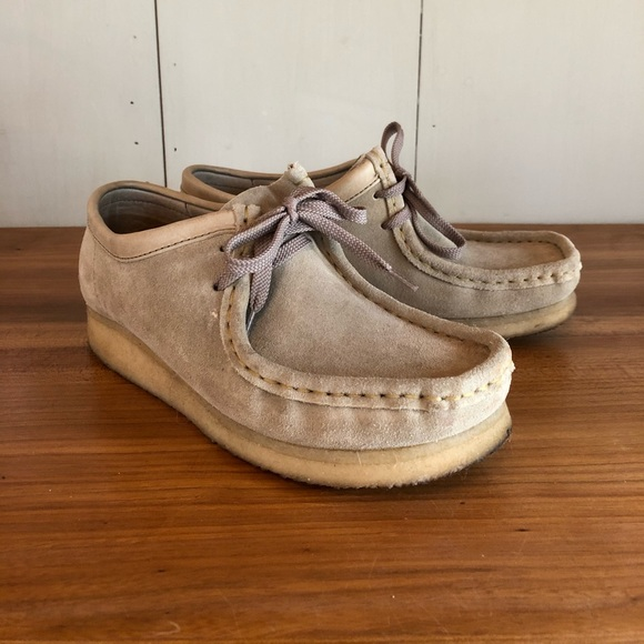 Women's Clark's Wallaby Suede shoes